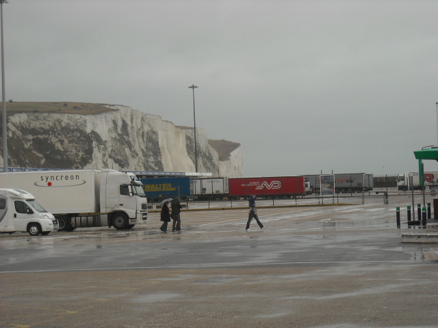 Proof the cliffs of Dover are white.